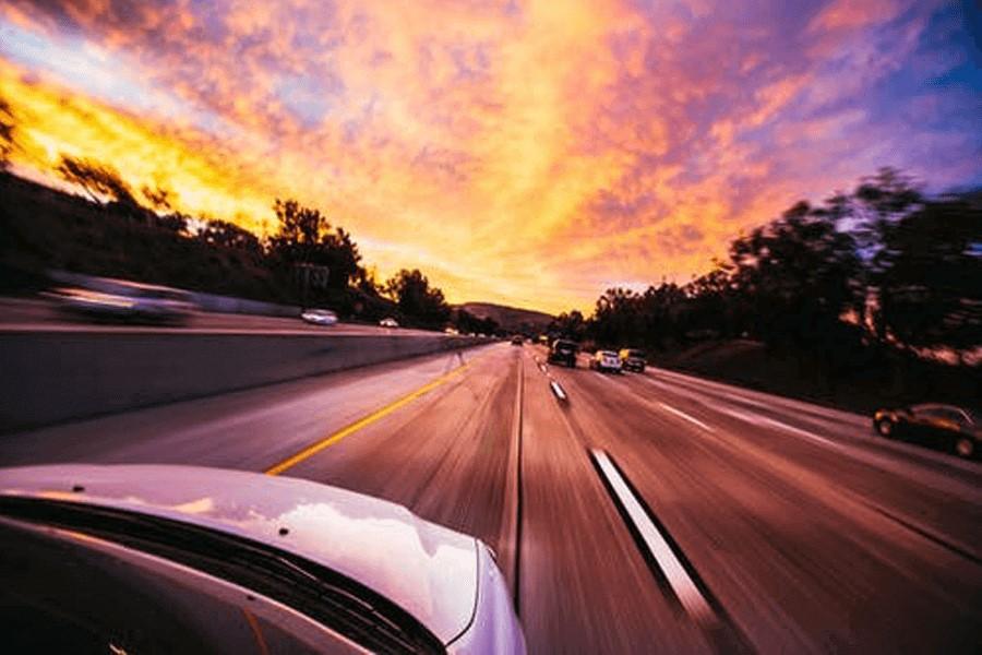 最新中国汽车行业发展趋势:提供多触点、全渠道客户体验是车企营销的关键